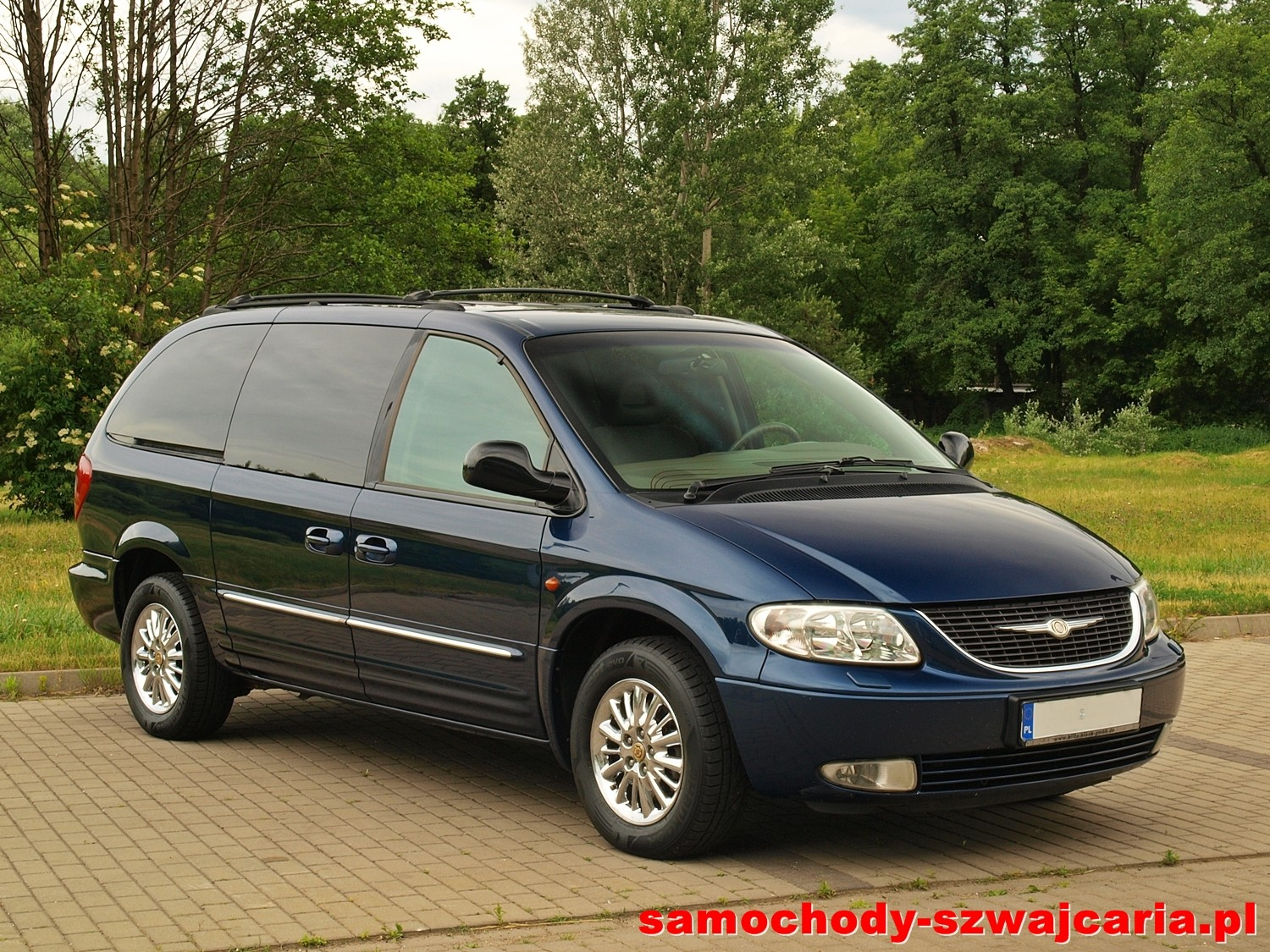 chrysler grand voyager limited awd 3 3 v6 samochody. Black Bedroom Furniture Sets. Home Design Ideas